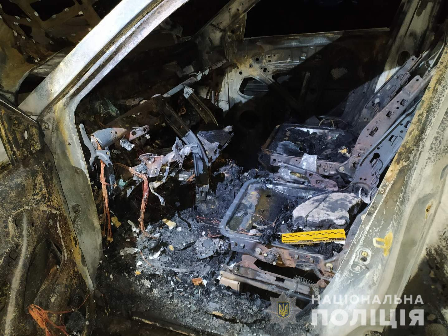 Салон сгоревшего авто
