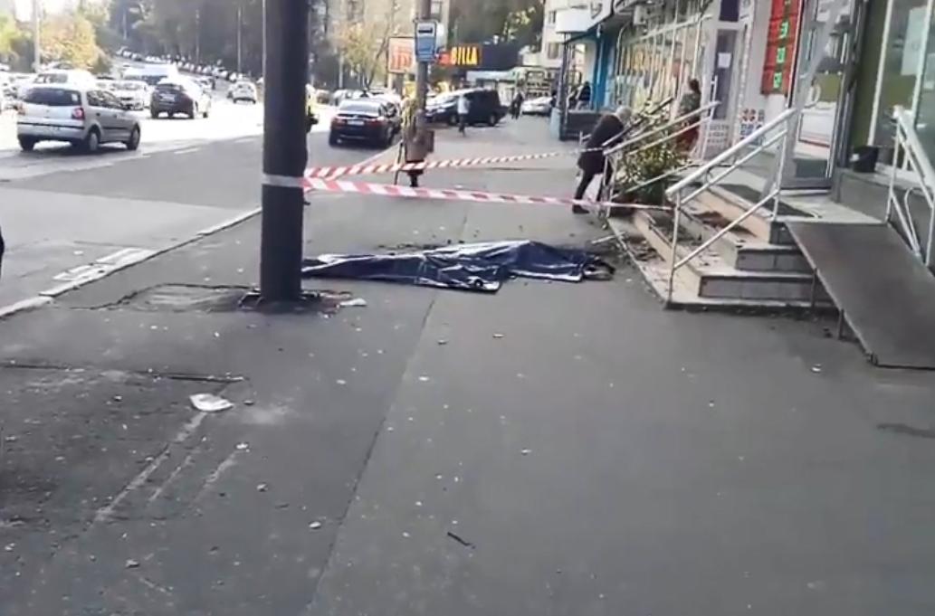 Трагедія трапилася у багатоповерхівці на вулиці Солом'янській