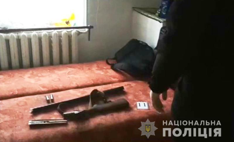 Ружье с гильзами изъяли с места происшествия