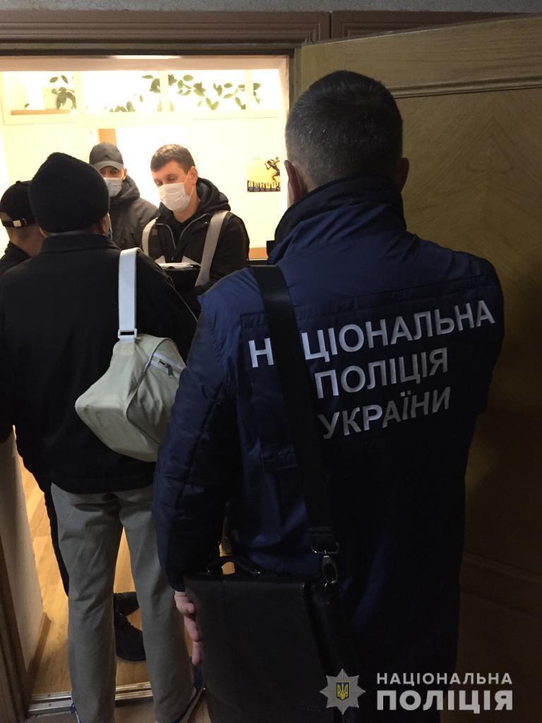 Полиция задержала мошенников, которые вносили в избирательный реестр ложные данные
