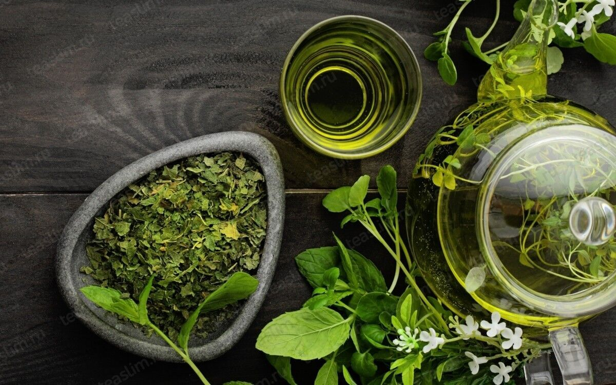 Зелений чай - бадьорить ненароком.