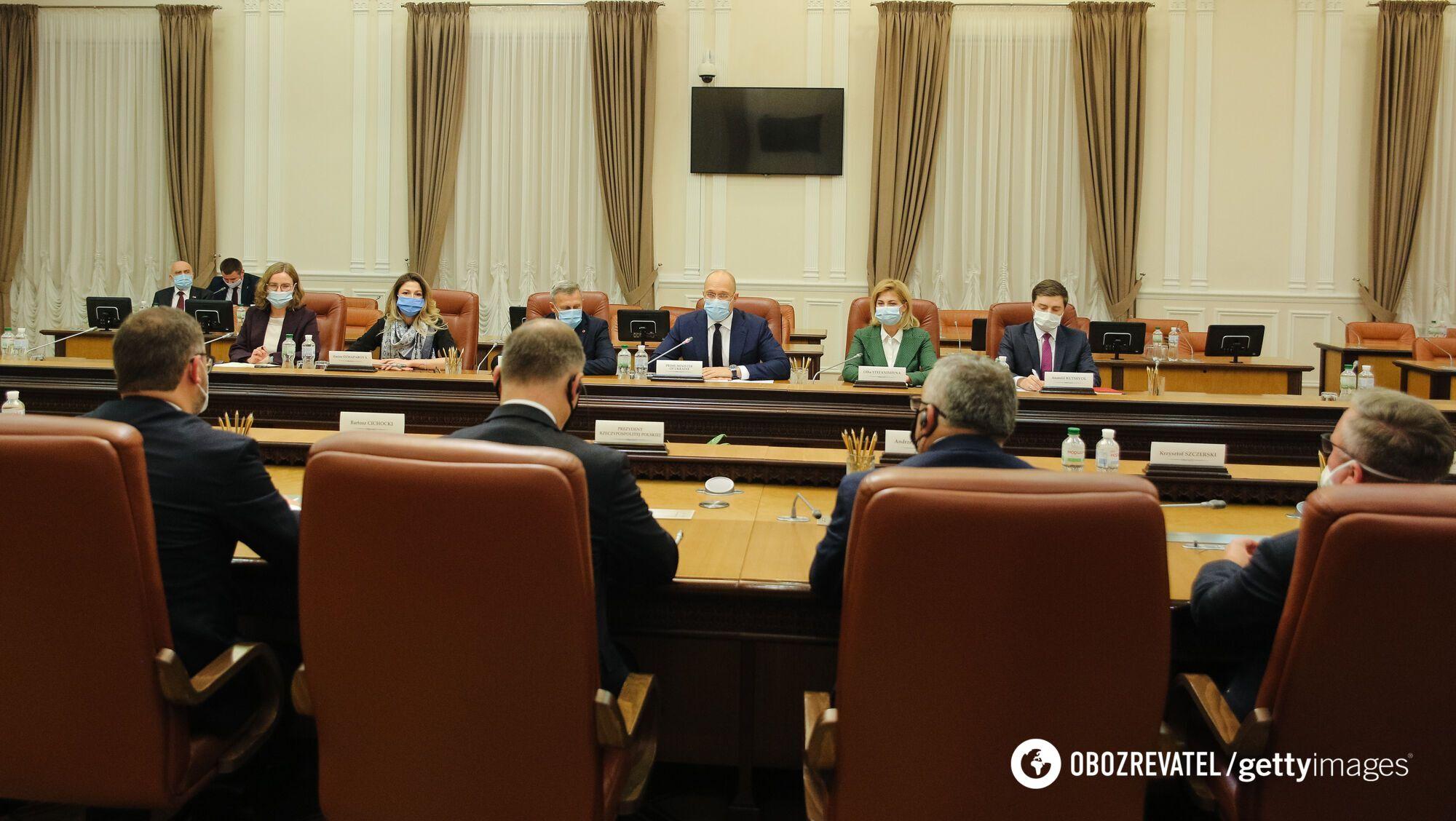 Переговоры польской делегации с членами украинского правительства