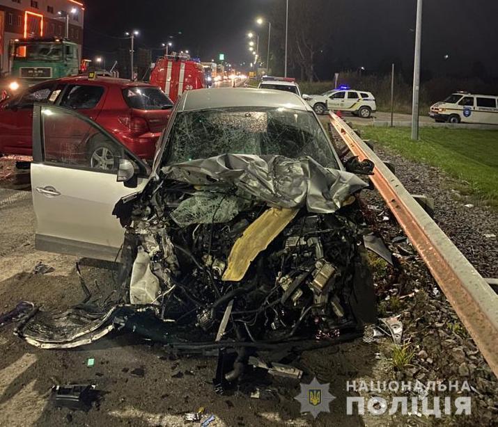 На Львівщині сталася смертельна ДТП.