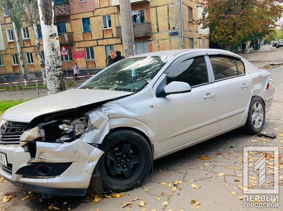 Авто не разминулись на перекрестке.