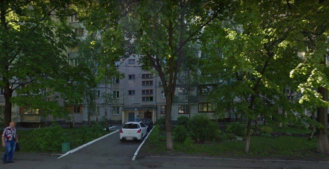 Девятиэтажный дом по ул. Александра Бойченко, где произошло преступление.