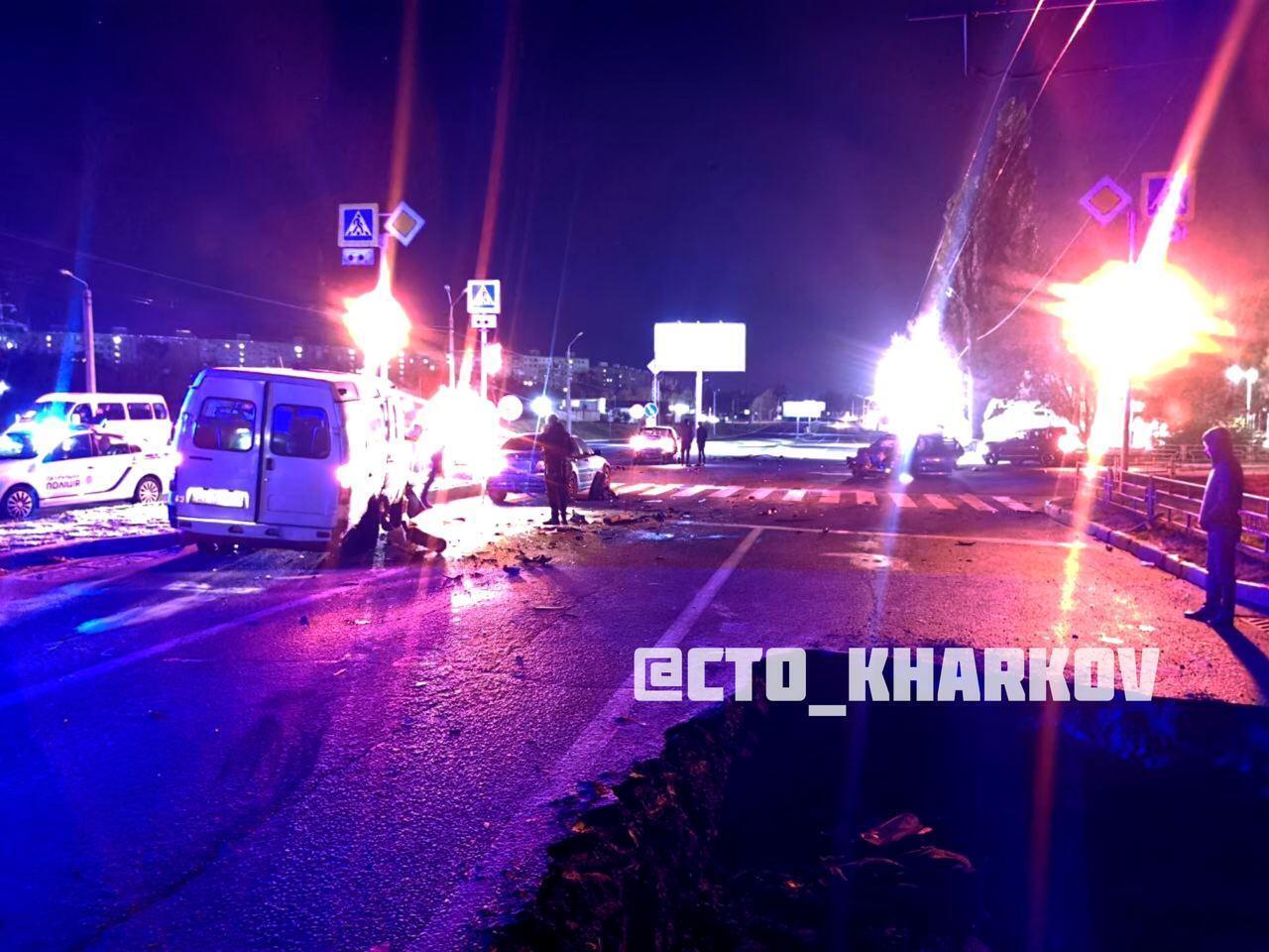 Фотография с перекрестка, на котором случилось ДТП