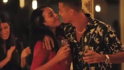 Романтичный момент Роналду и Родригес