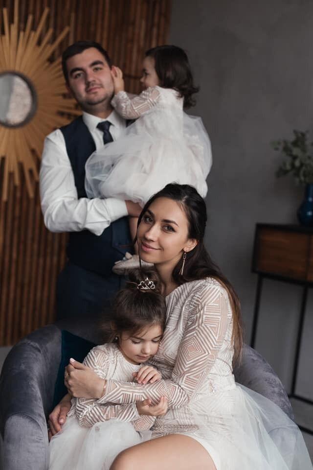 Олег очень любил своих детей.