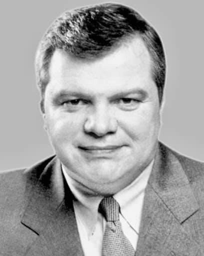От коронавируса умер нардеп 3-го созыва Валерий Бабич.