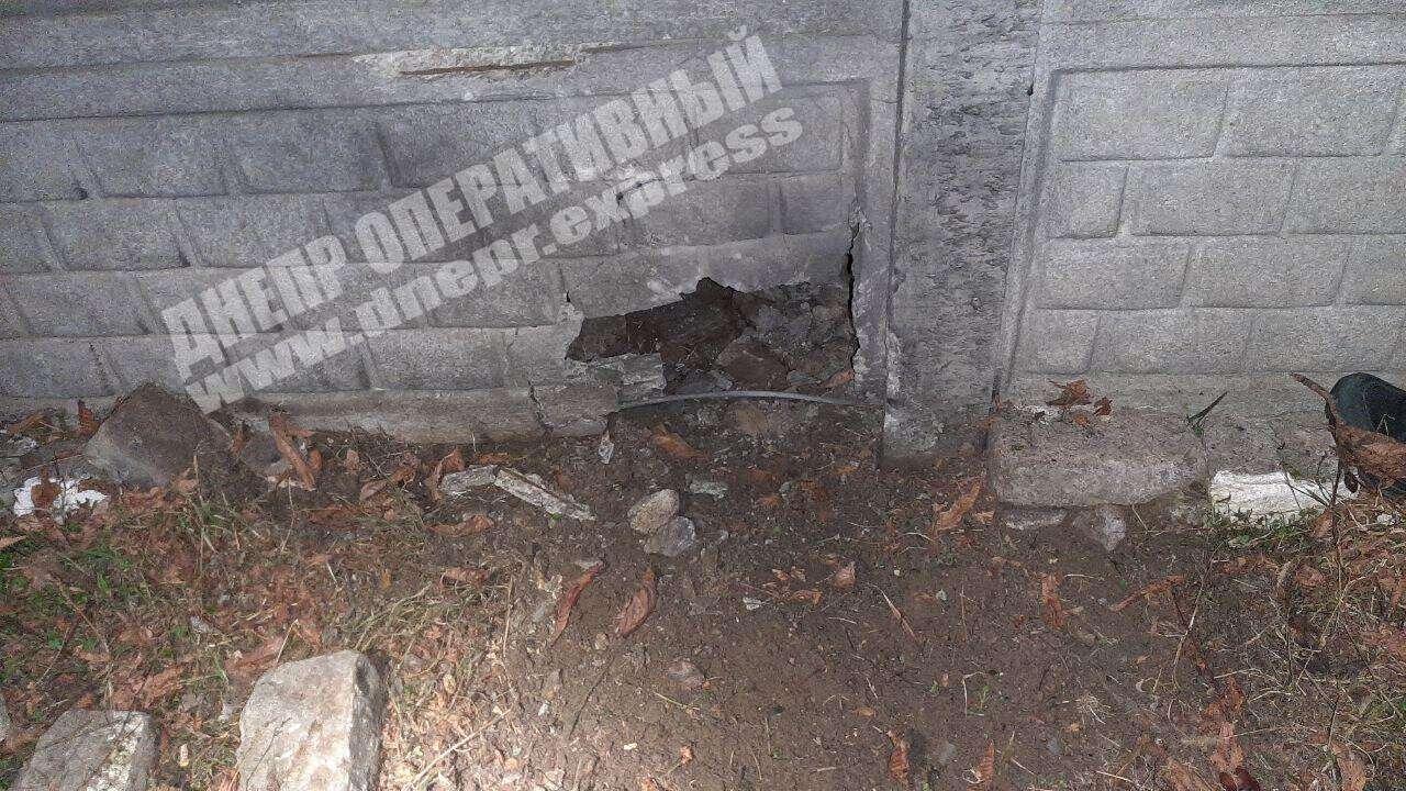 У Дніпрі п'яний чоловік підірвав гранату під двором коханої.