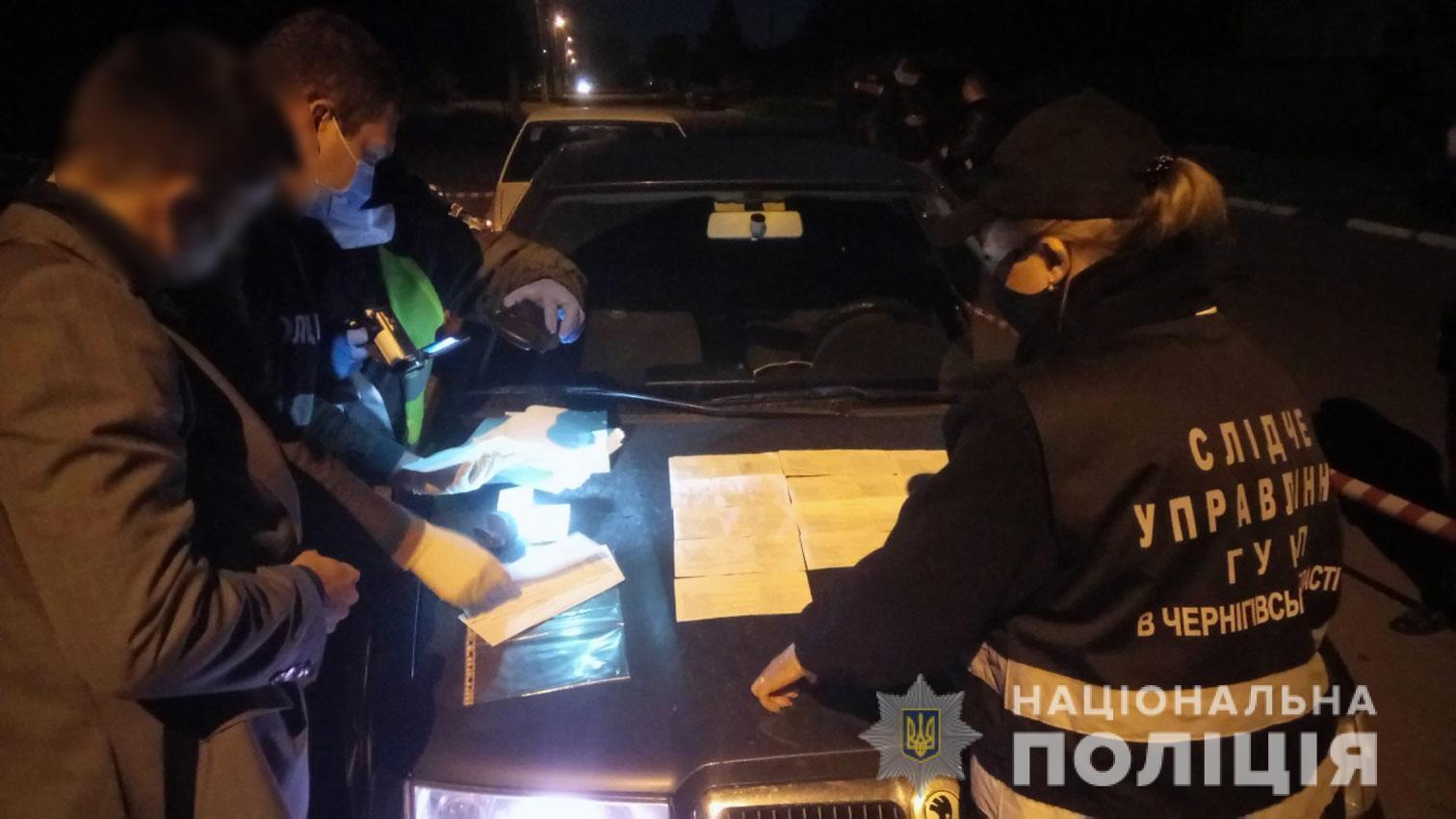 Во время обыска обнаружены деньги и списки избирателей