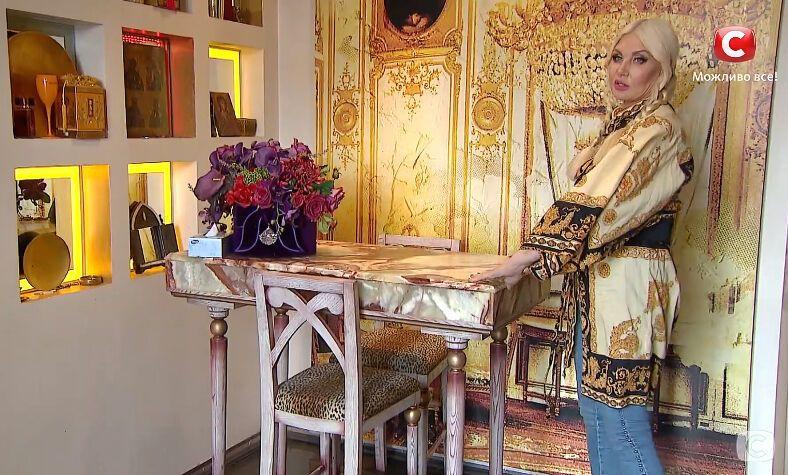 Светлана Вольнова провела экскурсию по своей квартире