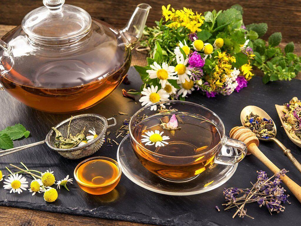 Тонізуючий чай з травами