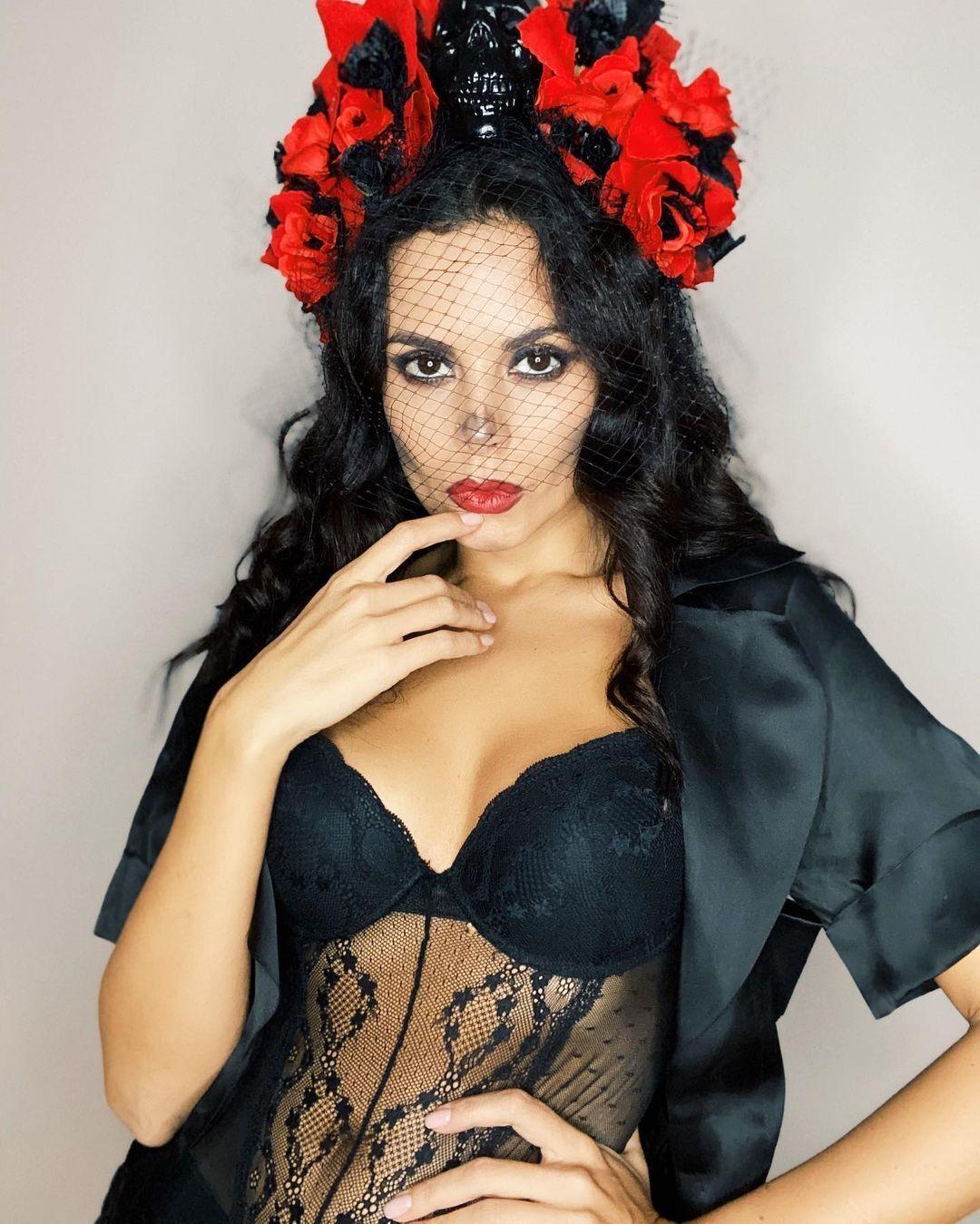 Каменских выбрала образ мертвой мексиканской невесты на Хеллоуин.