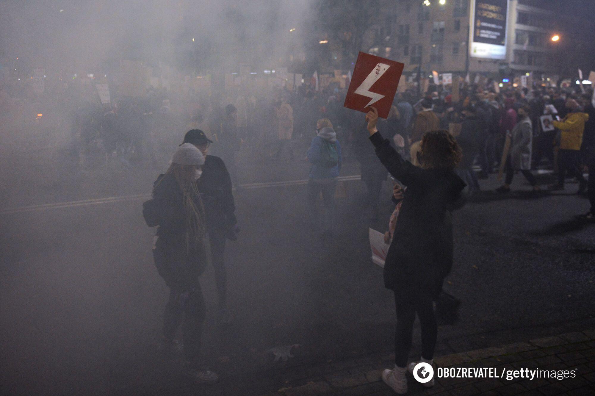 Поляки не згодні з рішенням Конституційного трибуналу.
