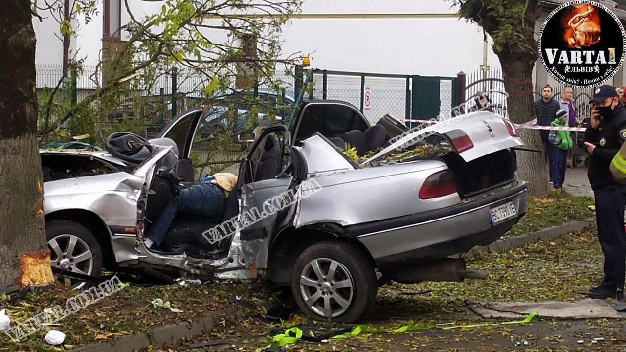 Водитель умер на месте ДТП
