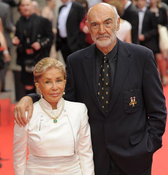 Шон Коннері з другою дружиною Мішелін Рокбрюн.