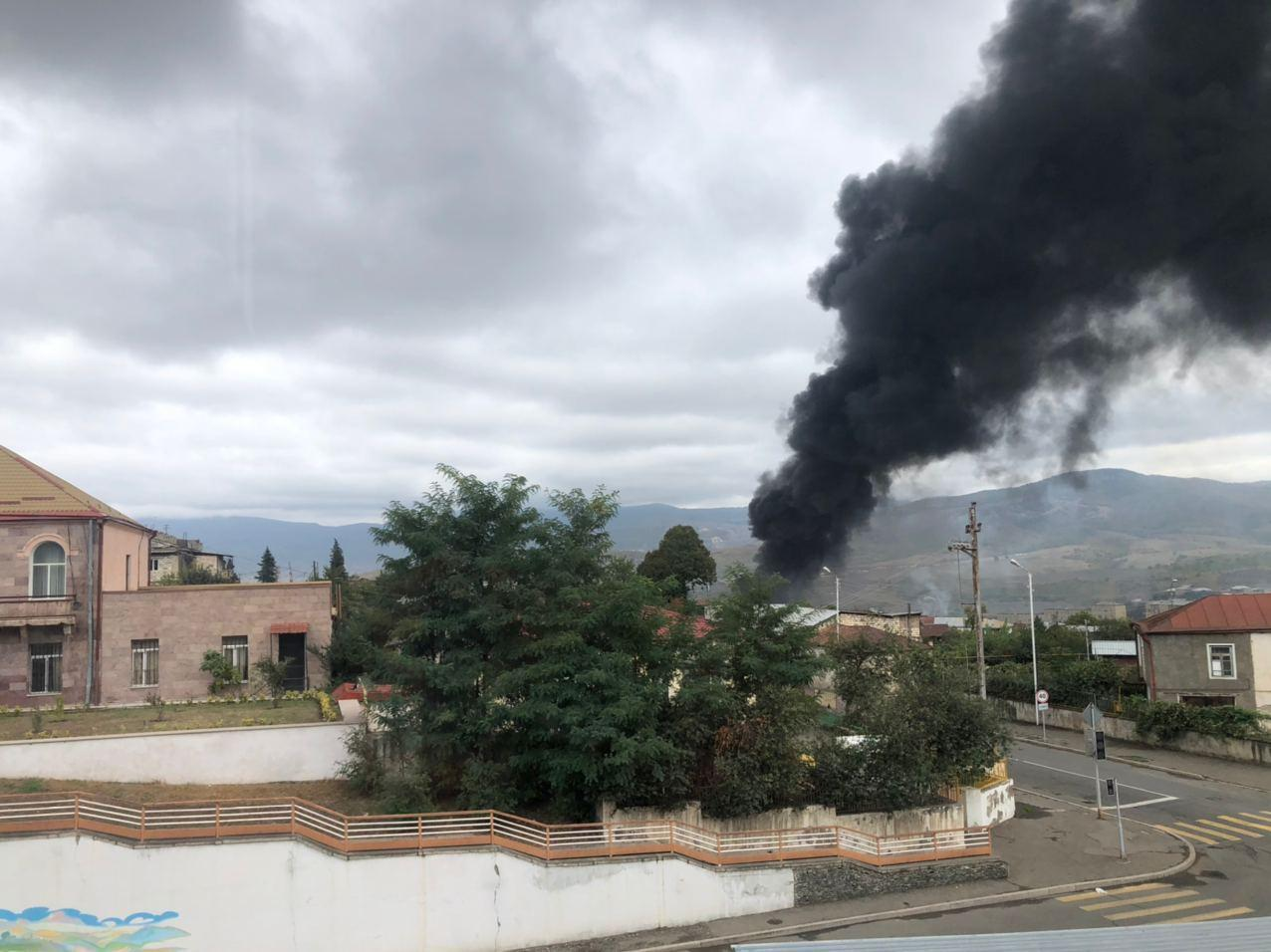 Снаряд попал в подстанцию в Степанакерте
