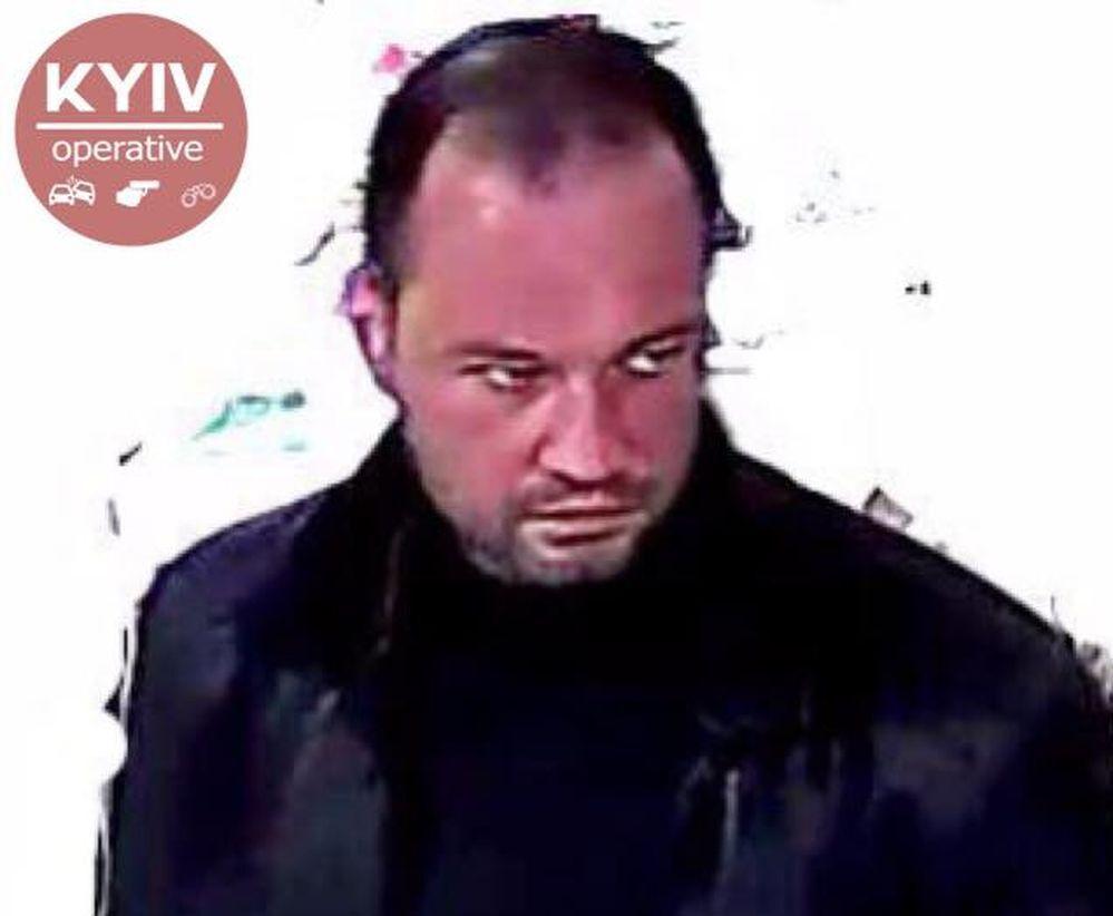 Олексій Волков потрапив на камеру відеоспостереження