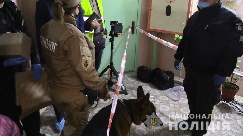 Правоохранителям не сразу удалось попасть в помещение.