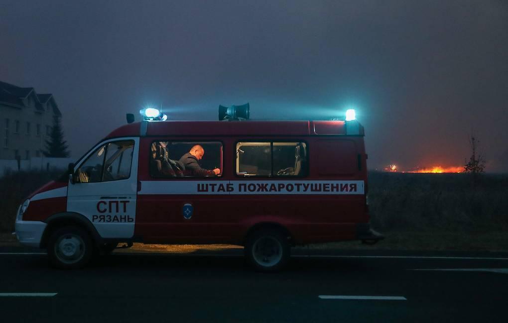 К тушению пожара и ликвидации последствий взрывов были привлечены 800 человек.