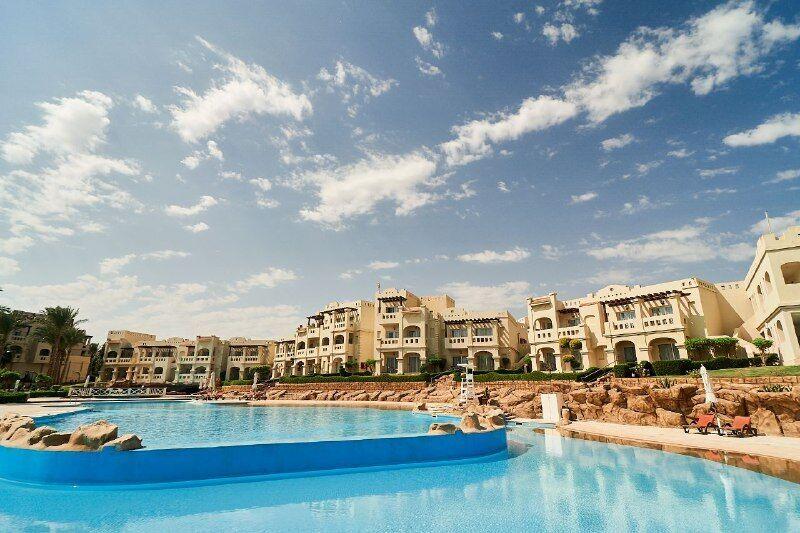 Преимущество обновленного Rixos Sharm El Sheikh в том, что он доступен и безопасен абсолютно для всех – от звезд шоубиза до обычных туристов