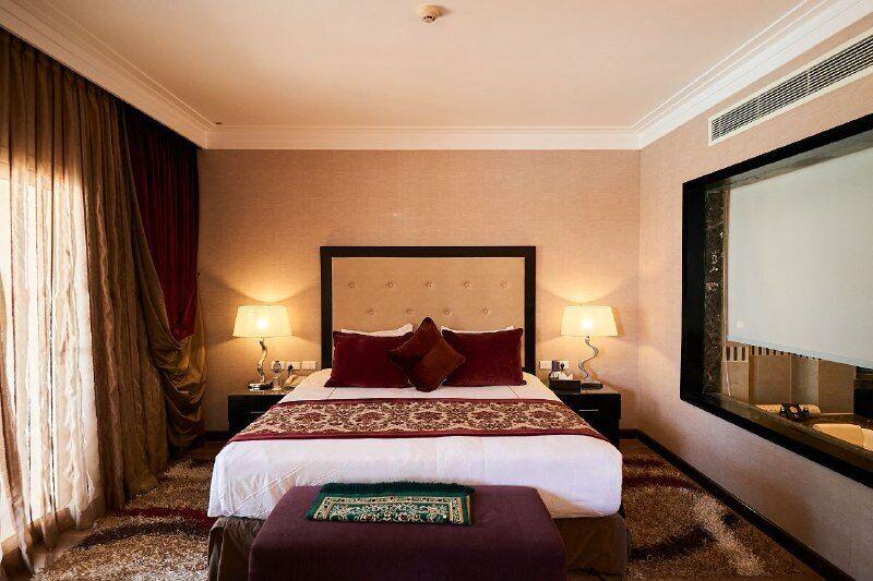 Звезды украинского шоу-бизнеса на своем примере доказали, что отдых в Rixos Sharm El Sheikh совершенно безопасный