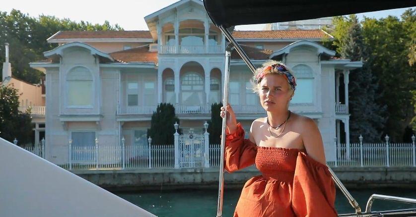 """Ведущая """"Орла и Решки"""" показала самый дорогой особняк Турции. Фото"""
