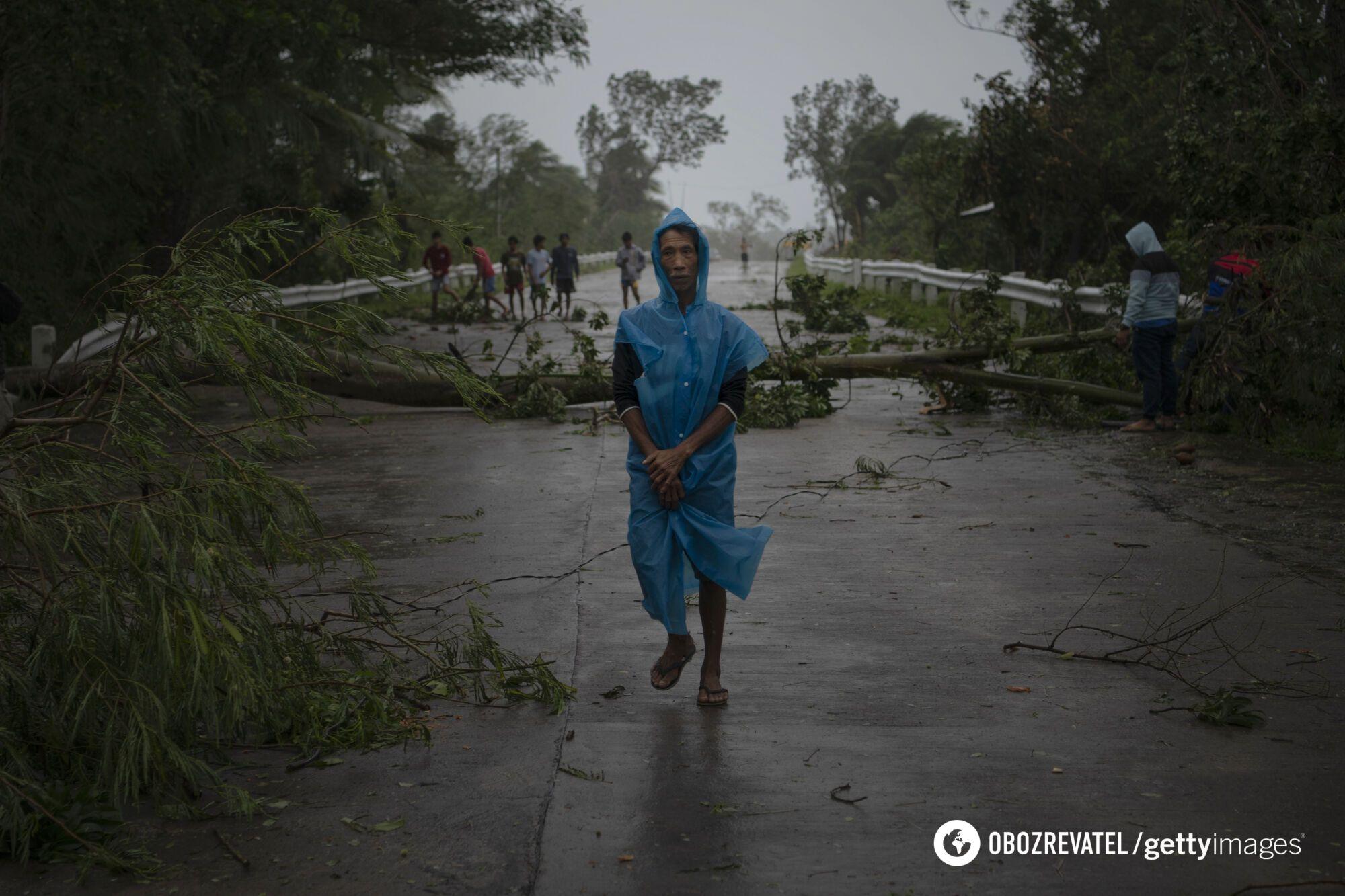 """Наслідки тайфуну """"Жени"""" на Філіппінах."""