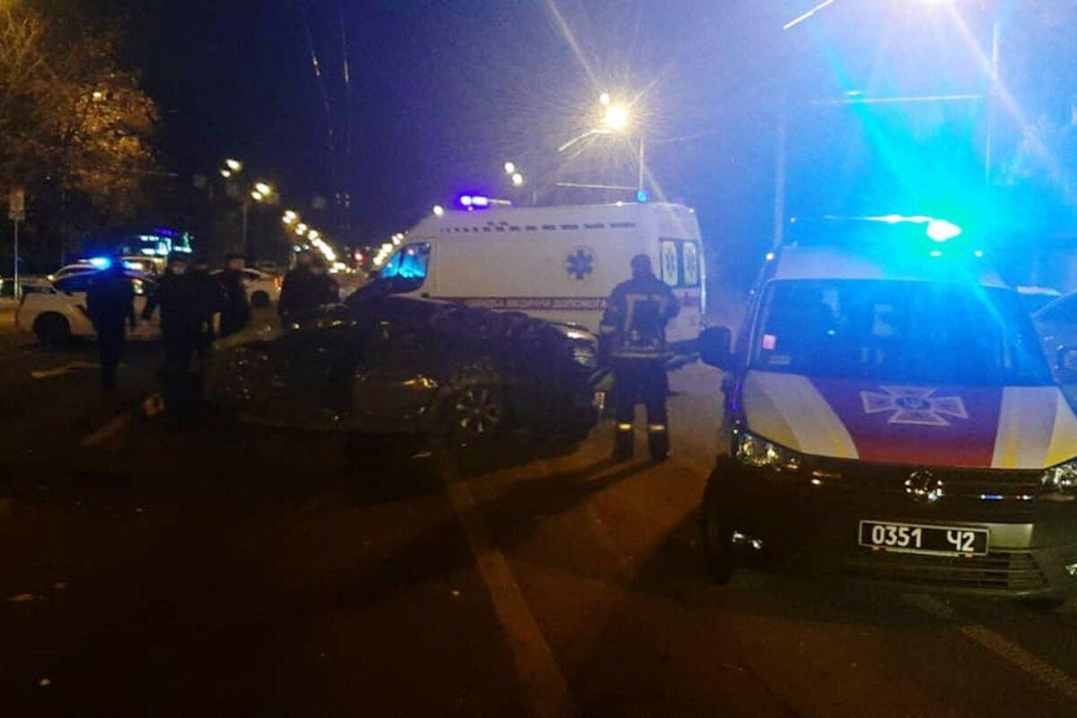 У ДТП розбилися п'ять авто