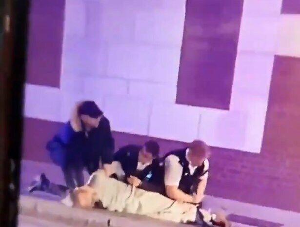 Водителя автомобиля, который врезался в полицейский участок, задержали.