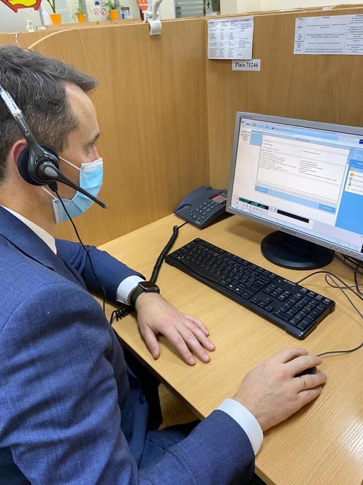 Горячая линия МОЗ по вопросам COVID-19 работает в режиме 24/7