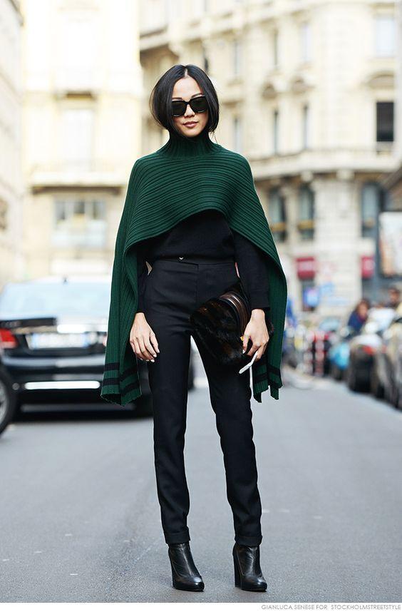 Зелений колір створює комфорт і свіжість в образі.