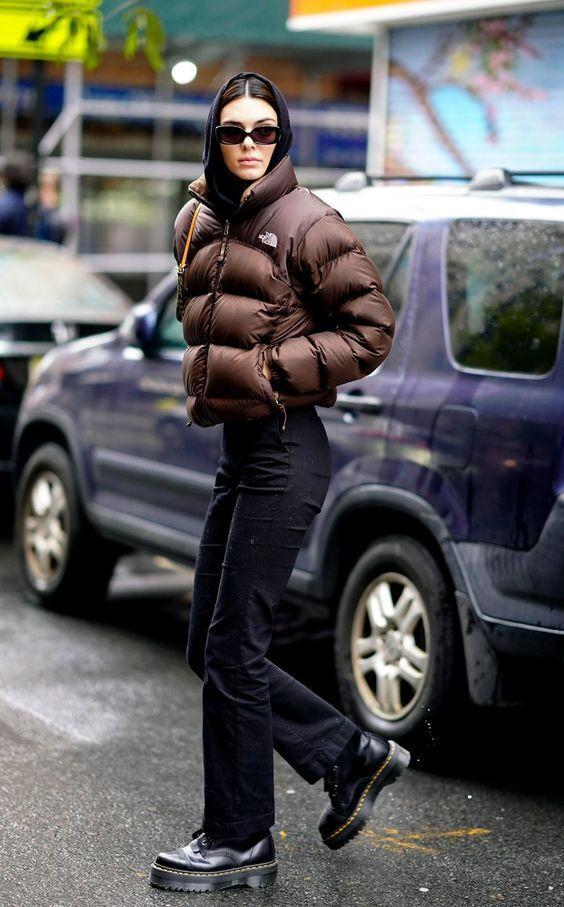 У холодну пору року зверніть увагу на грубе взуття.