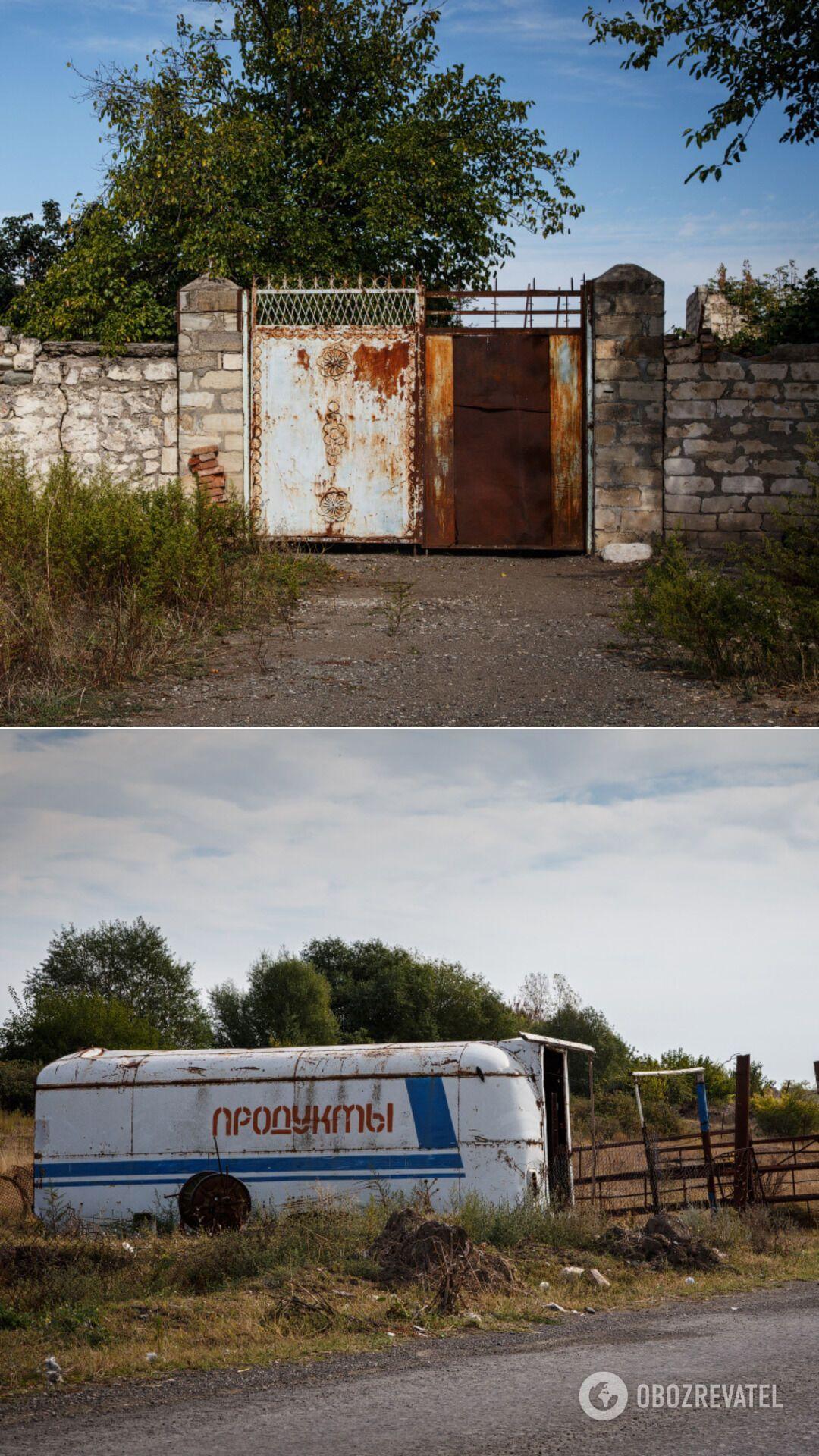 На околиці Агдаму розташована велика вірменська військова частина, а серед руїн постійно проживає декілька десятків людей, більшість із яких розбирає нечисленні залишені від будинків стіни на будівельні матеріали