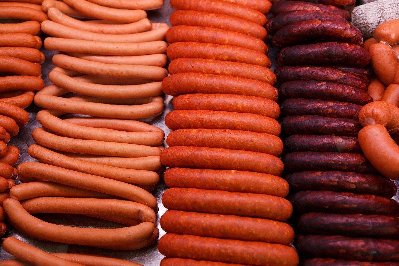 В Вене для изготовления сосисок впервые использовали смесь говядины и свинины