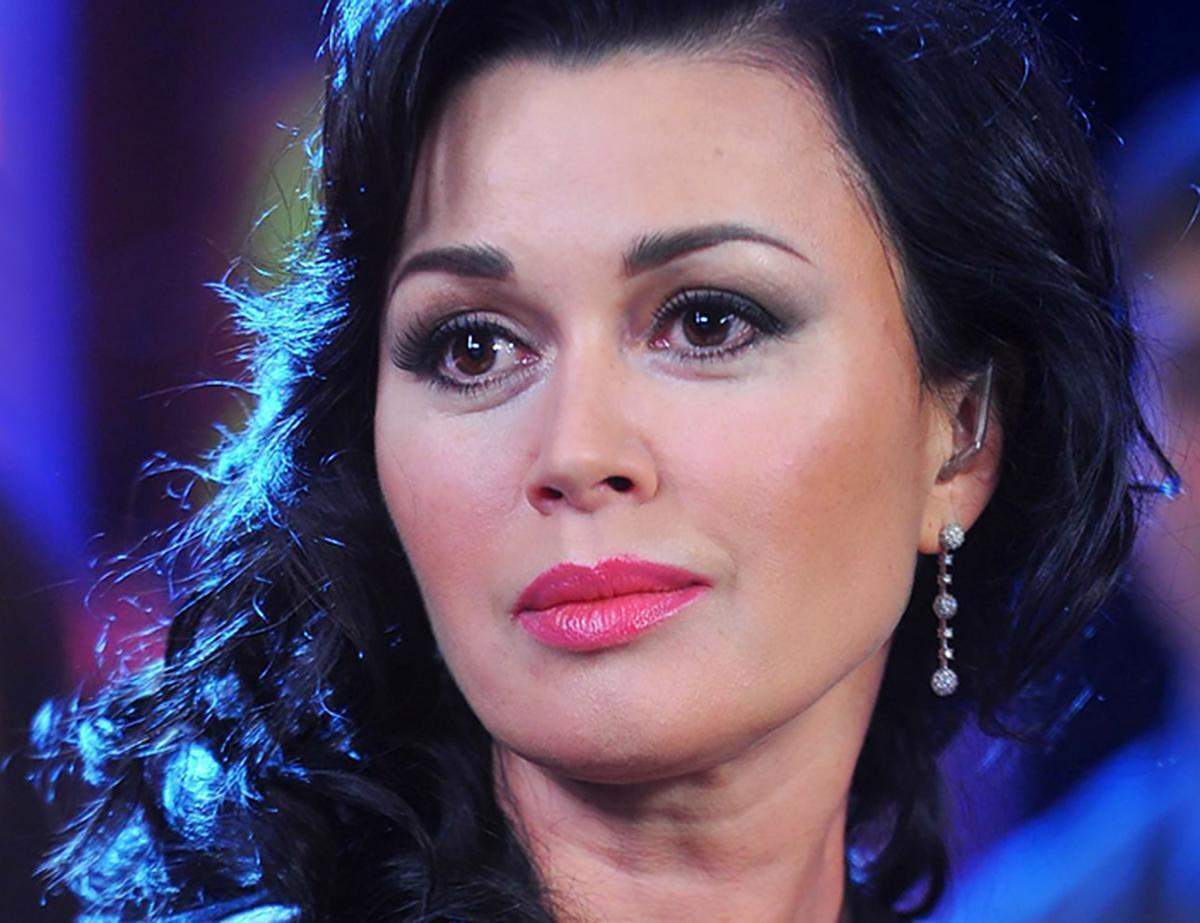 Анастасія Заворотнюк незабаром може повернутися на телебачення