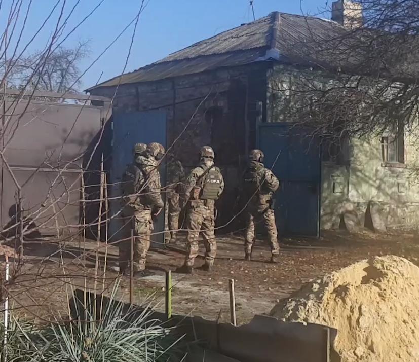Правоохранители пришли с обыском в дом жителя Основянского района Харькова