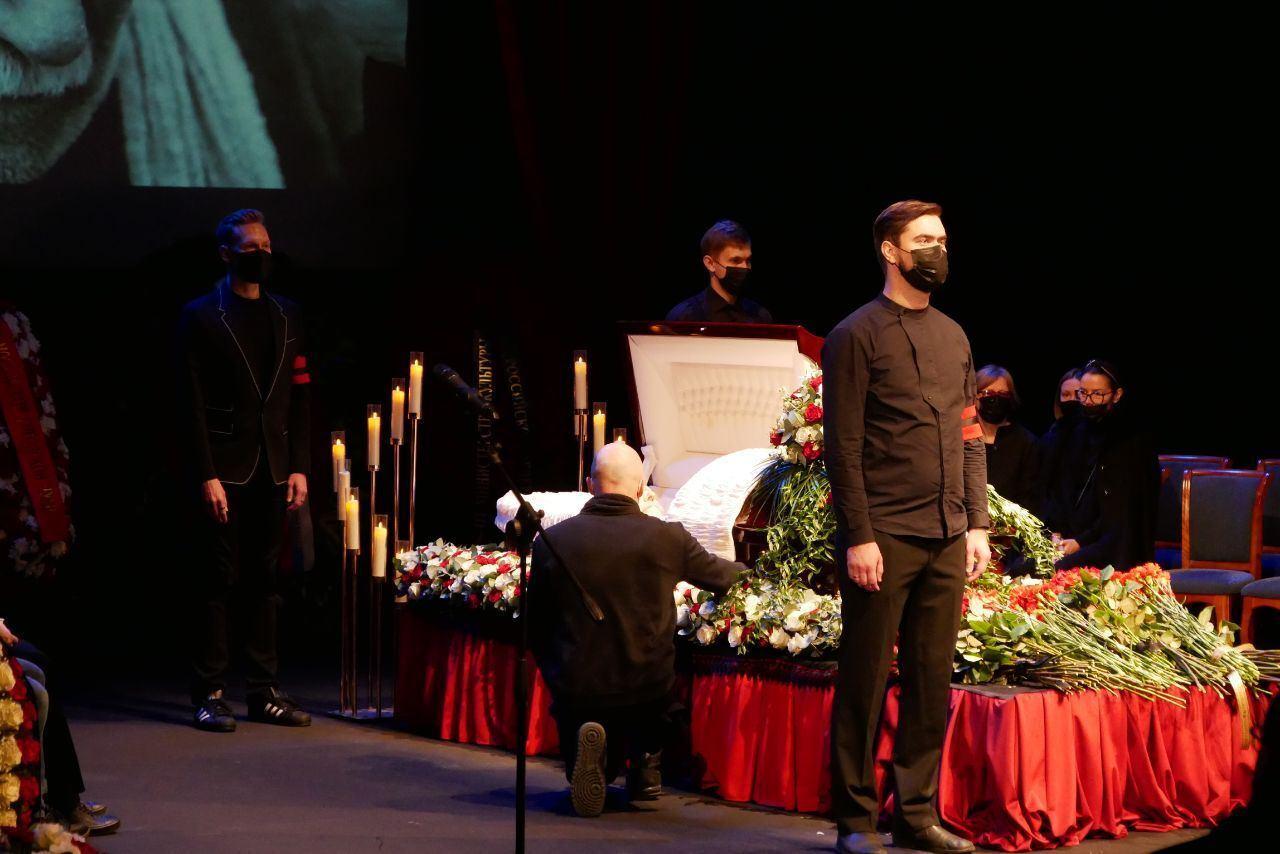 Похороны Джигарханяна в Москве.