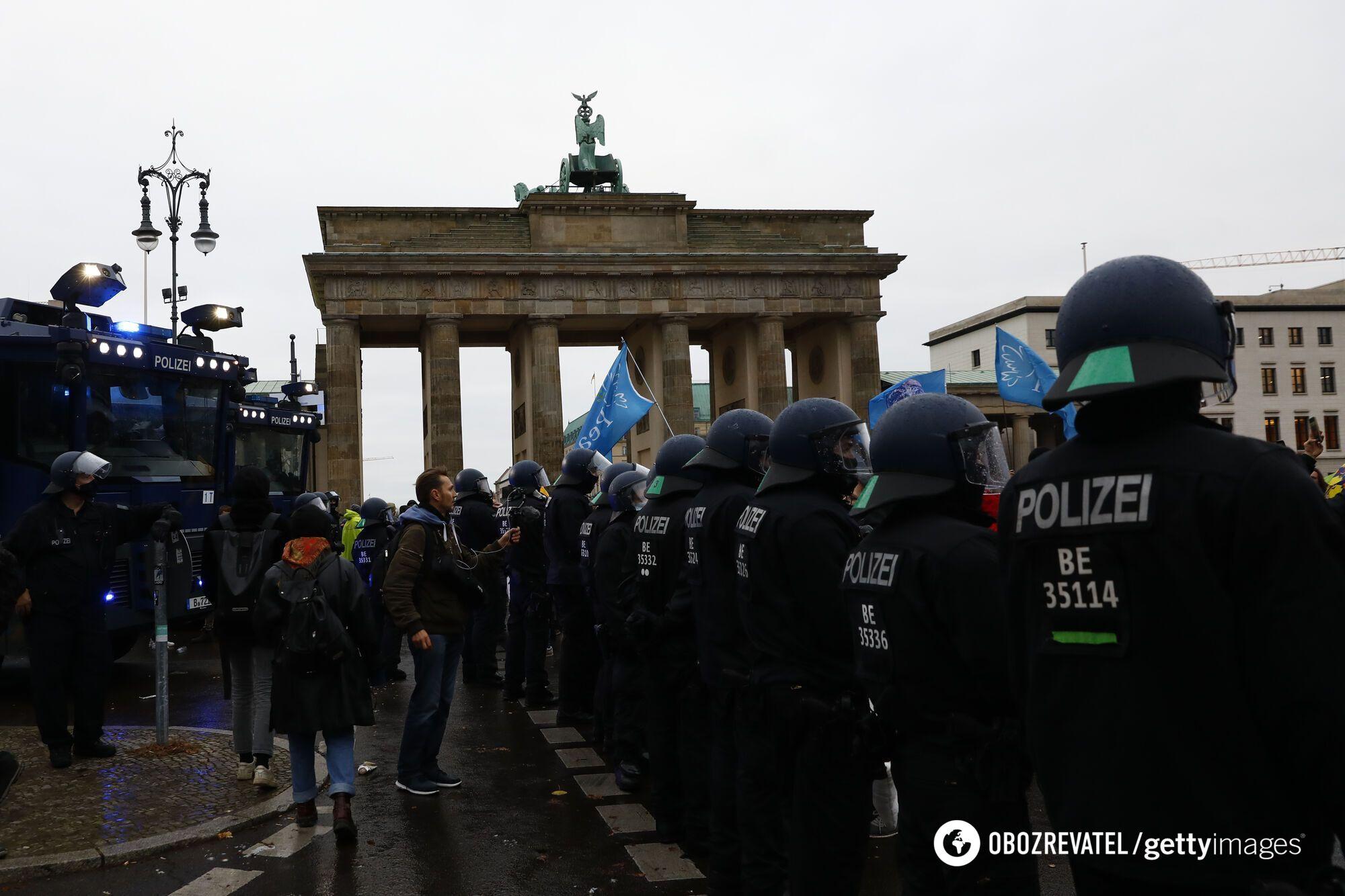 Акция протеста против усиления карантина в Берлине.