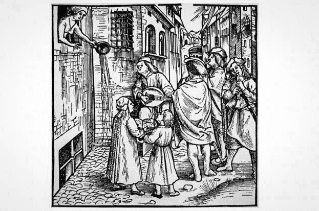 У середні віки в Європі вміст горщиків виливали прямо з вікон будинків