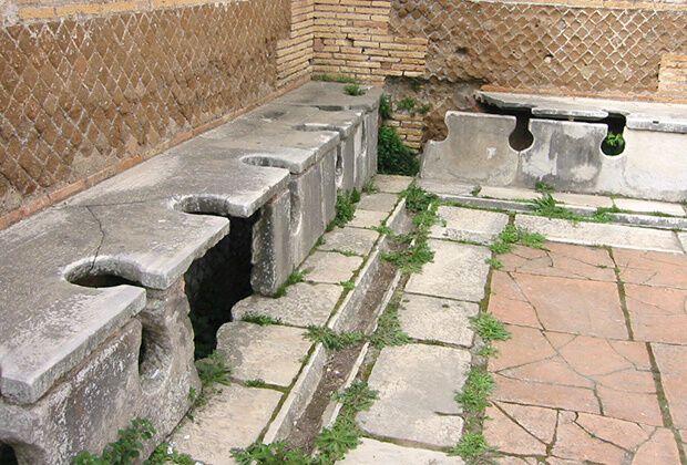 У Стародавньому Римі придумали публічні туалети