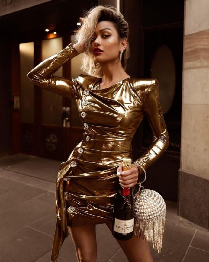 Що одягнути на Новий рік 2021: добірка модних образів. Фото