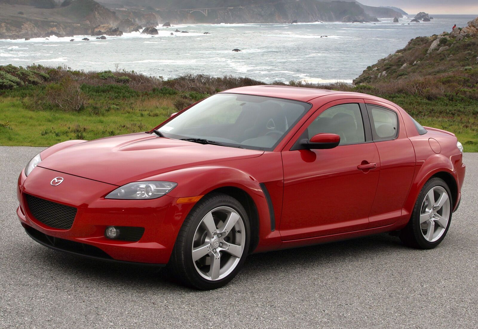 Досі Mazda RX-8 виглядає на диво добре