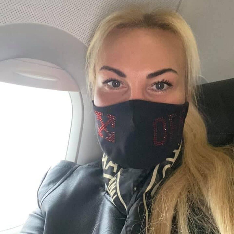 Певица Камалия из-за коронавируса вынуждена лететь на осмотр в Германию
