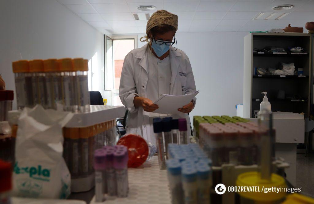 В ближайшее время вакцины от коронавируса ждать не стоит