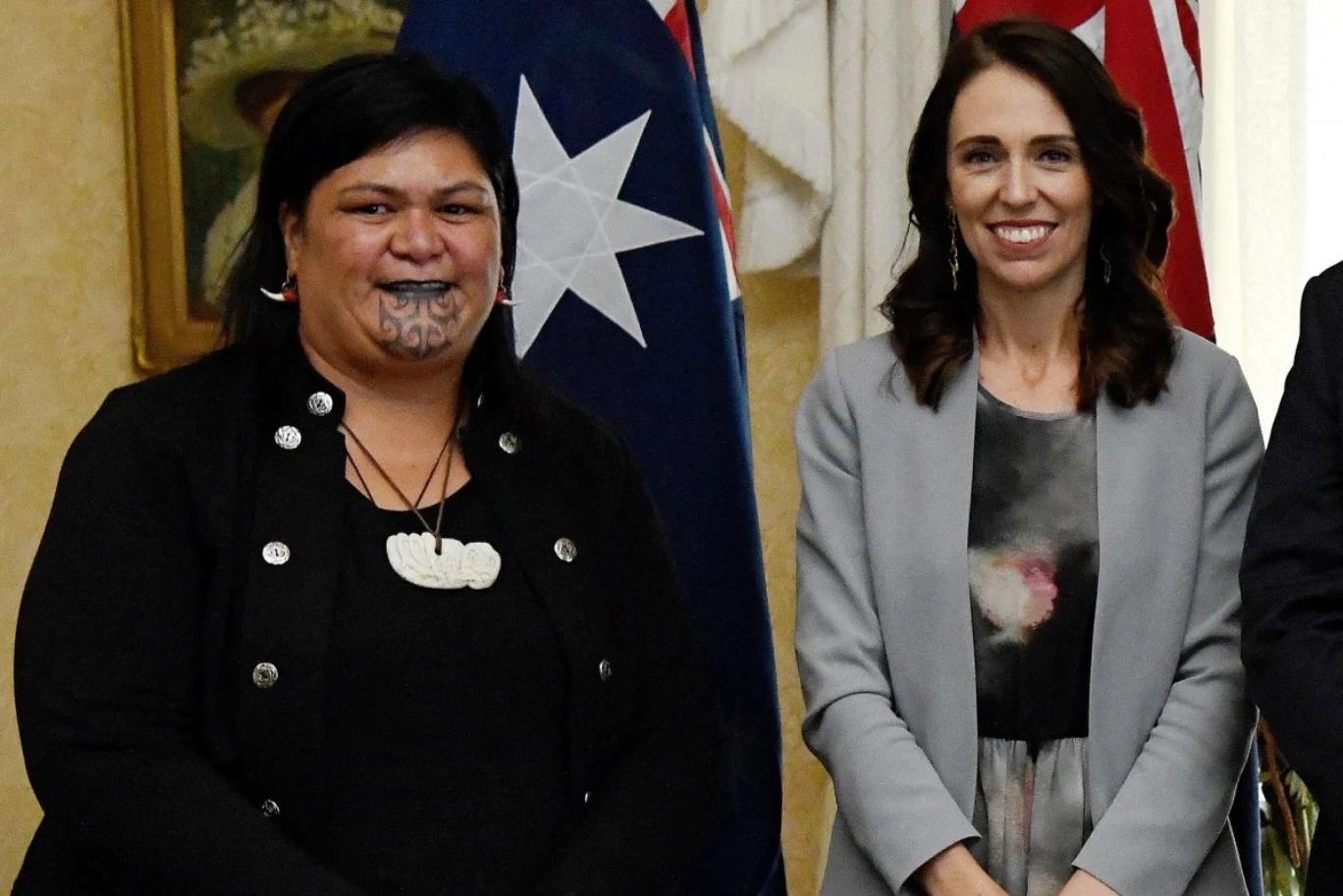 Нанайя Махута с премьер-министром Новой Зеландии Джасиндой Ардерн