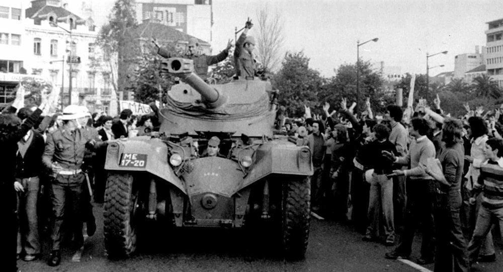 Революция в Португалии в апреле 1974