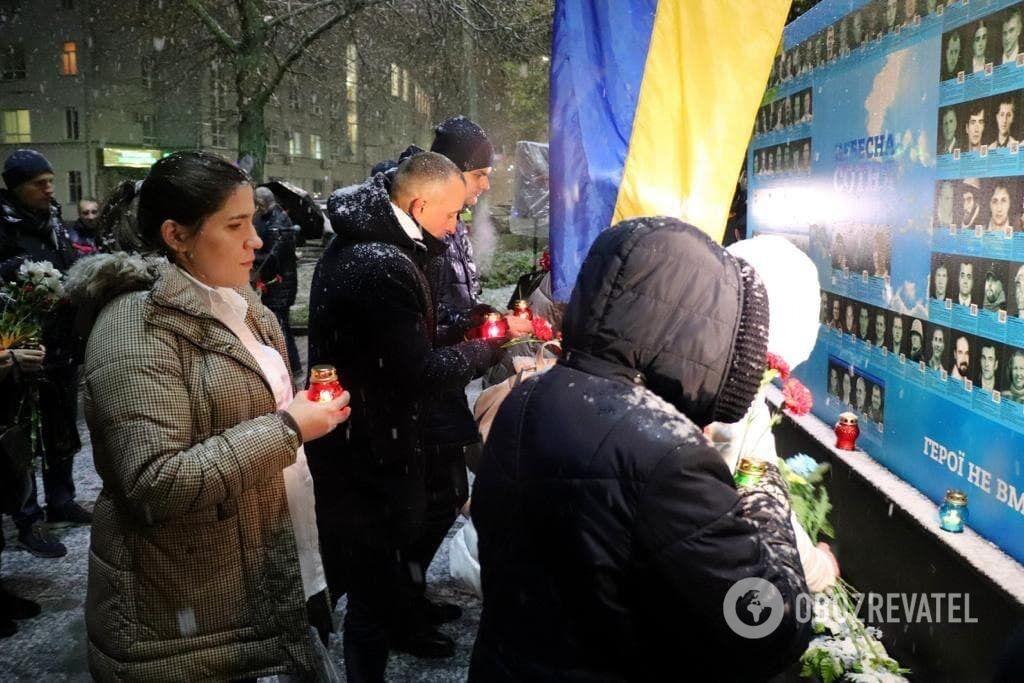 Коваленко почтила память Героев Небесной Сотни