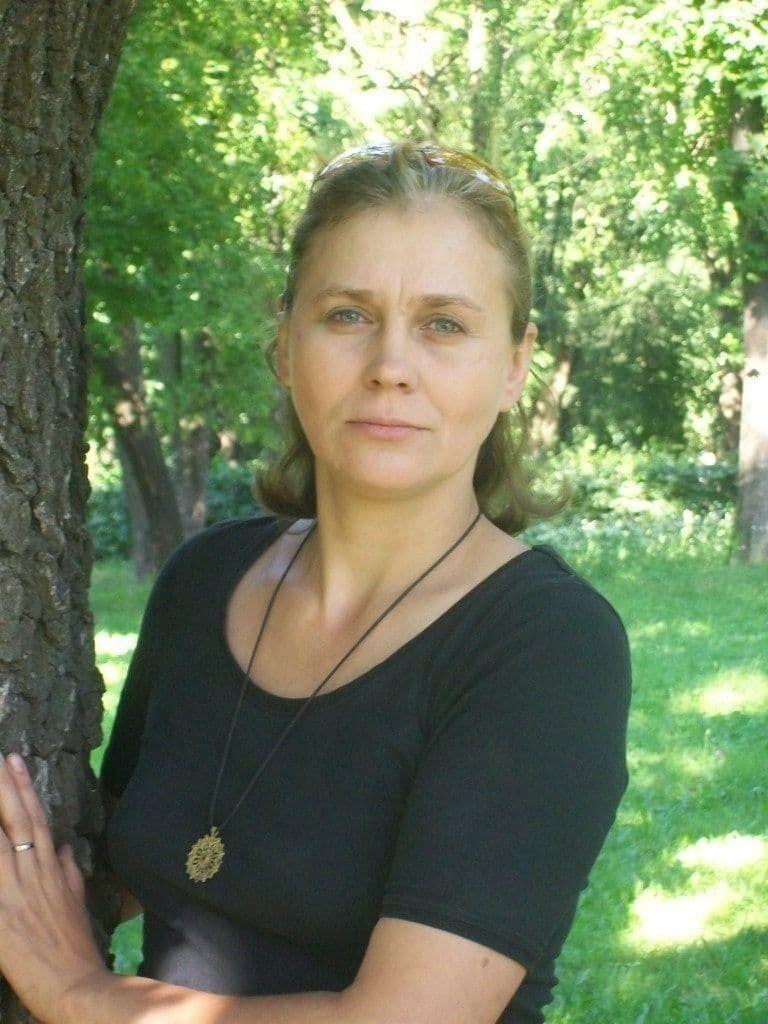 Лариса Долженко.